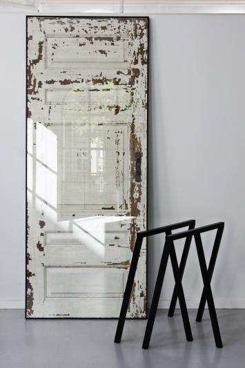 Diy puertas antiguas recuperadas nosy parker for Mesas con puertas antiguas